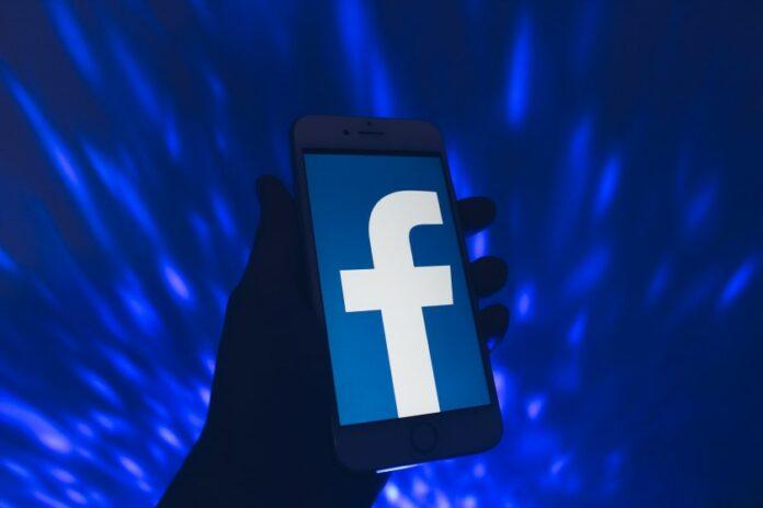 xem ai vào Facebook của mình nhiều nhất